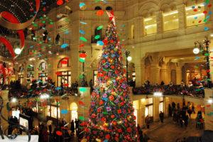 новогодняя елка в торговом центре