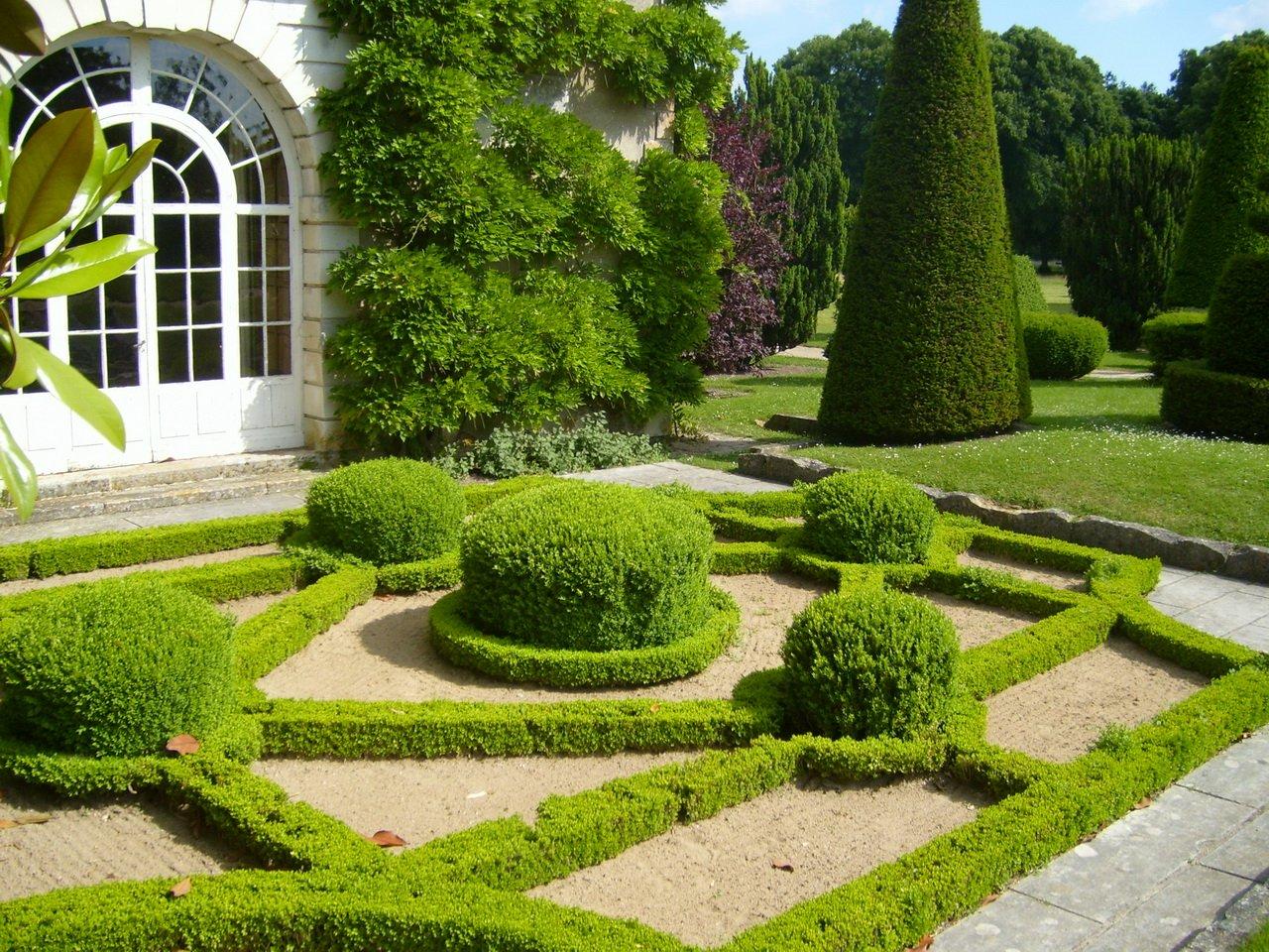 Французский стиль сада